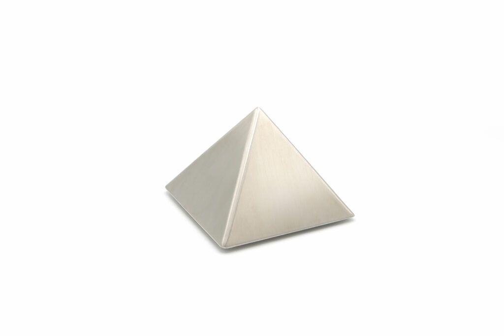 RVS piramide klein